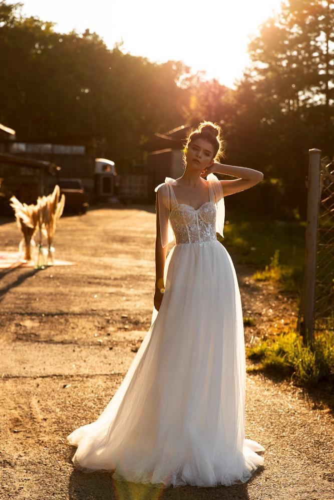 Brautkleid Julia Designer Aria Bride Brautmodengeschaeft Boho Bride Boutique Gommiswald