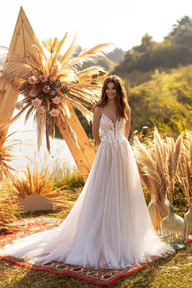 Brautkleid Suzanne Designer Aria Bride Brautmodengeschaeft Boho Bride Boutique Gommiswald