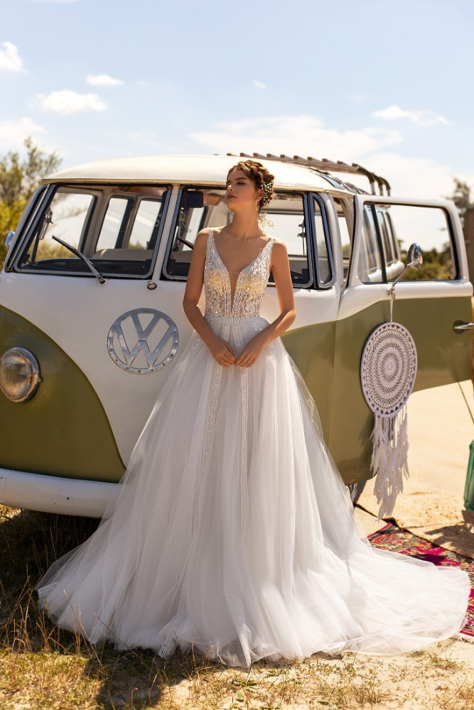Brautkleid Vanessa Designer Aria Bride Brautmodengeschaeft Boho Bride Boutique Gommiswald