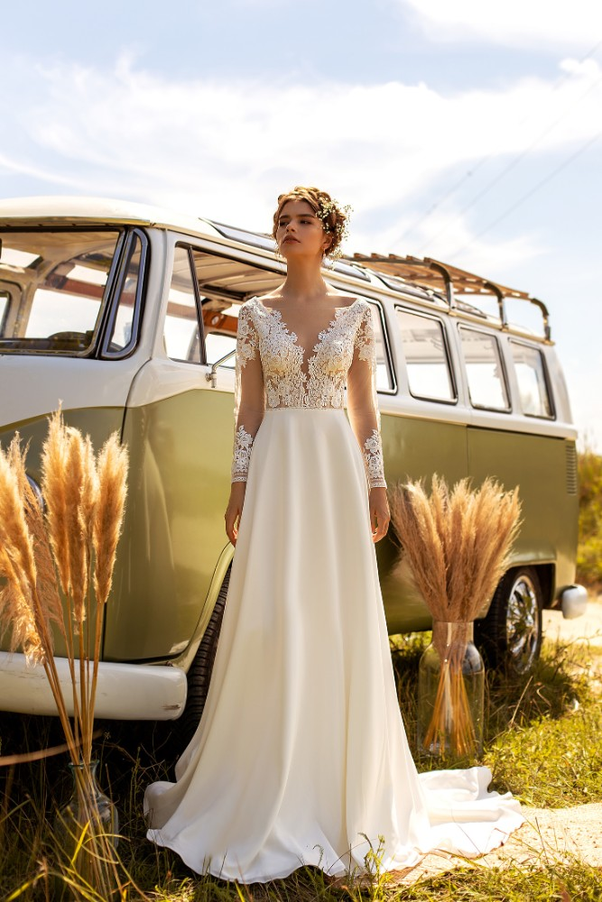 Brautkleid Wona Designer Aria Bride Brautmodengeschaeft Boho Bride Boutique Gommiswald