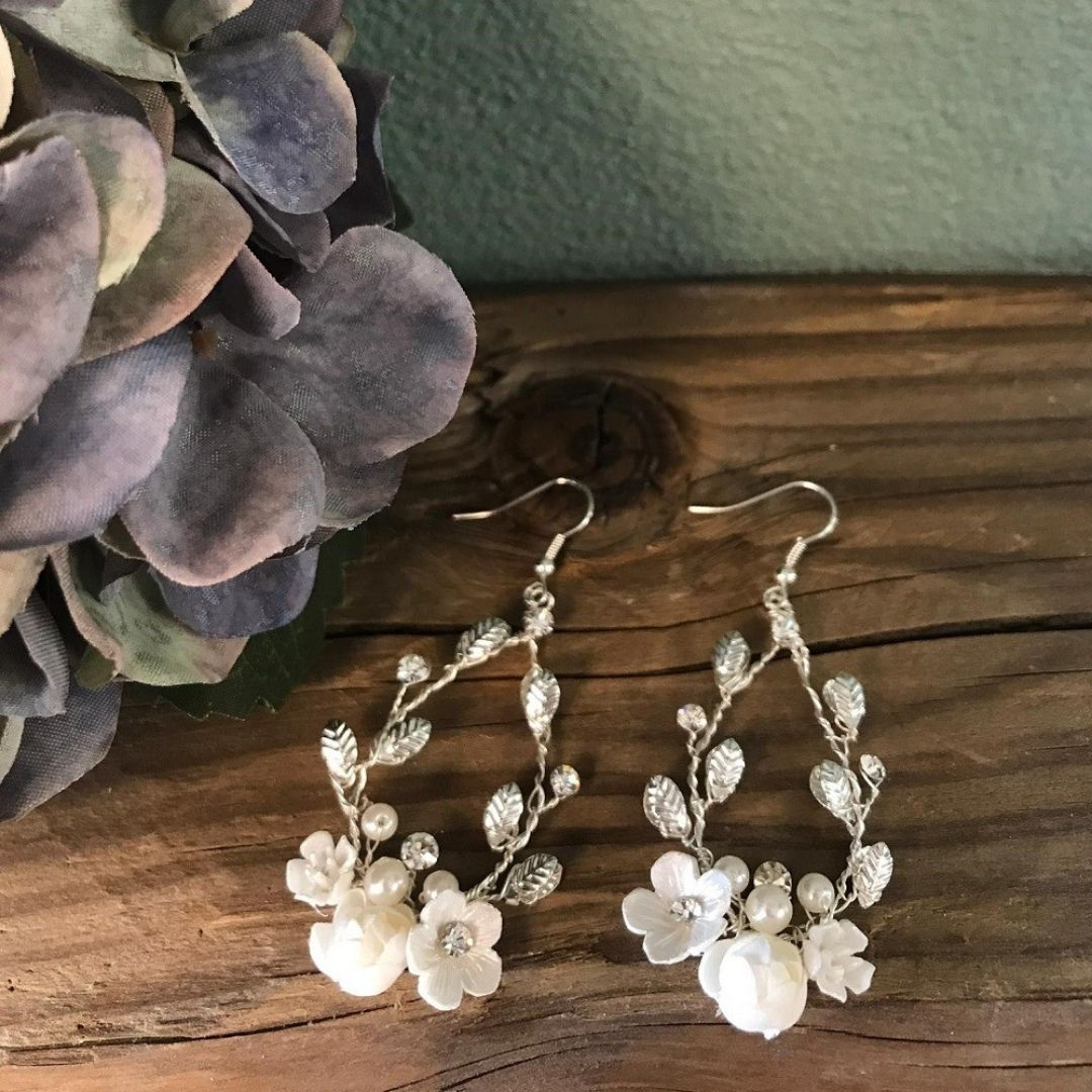 boho-bride-boutique-gommiswald-brautmode-hochzeitsgeschaeft-accessoires
