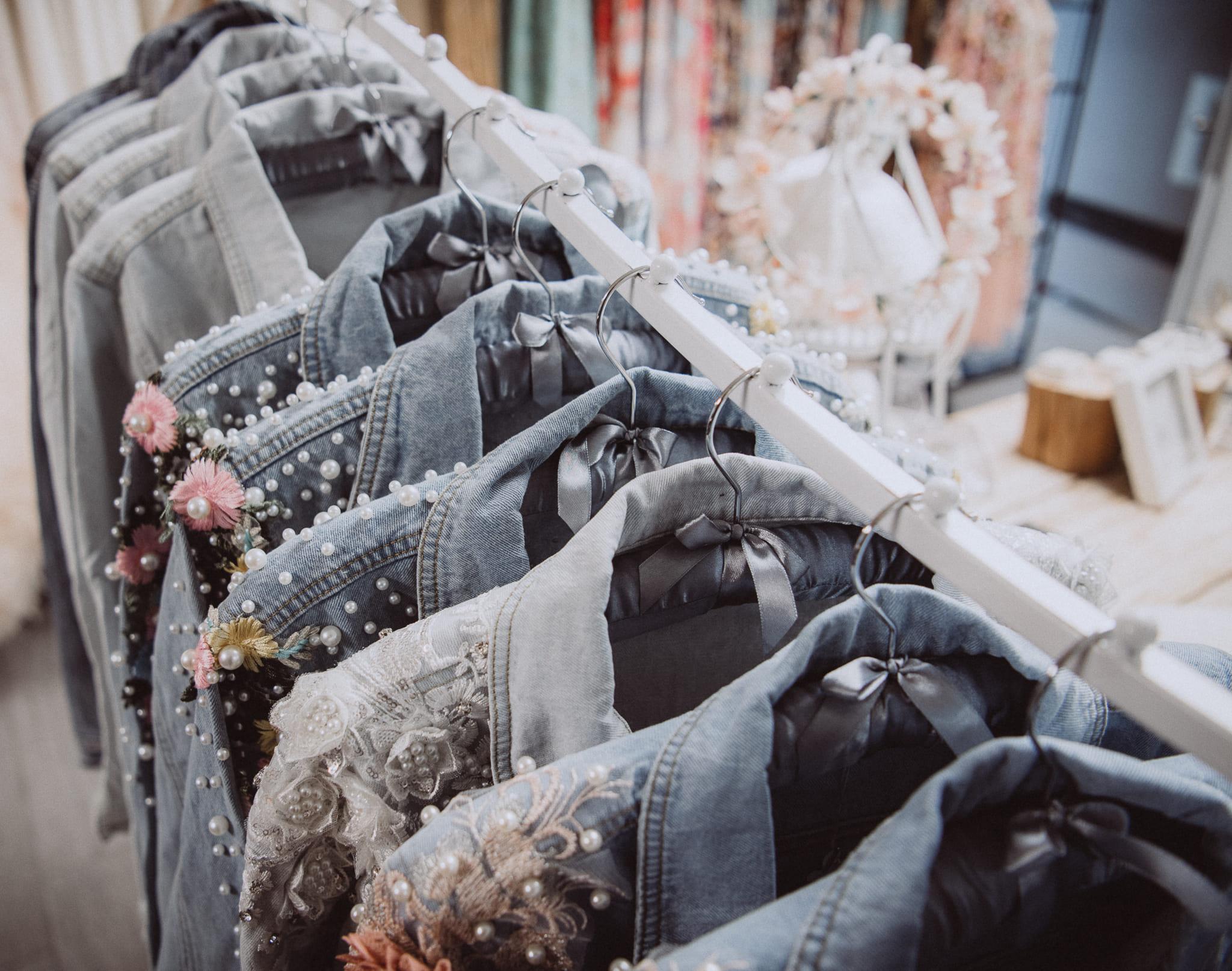 boho-bride-boutique-brautmodengeschaeft-gommiswald-accessoires-jeansjacke